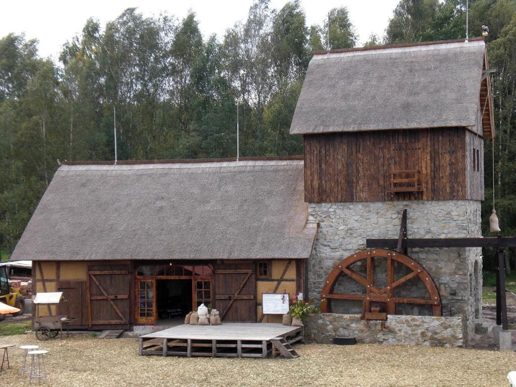Erlebnishof Krabat-Mühle in Schwarzkollm - DerLeuchtTurm ...